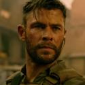 Взрывы и драма в первом трейлере боевика «Эвакуация» с Крисом Хемсвортом