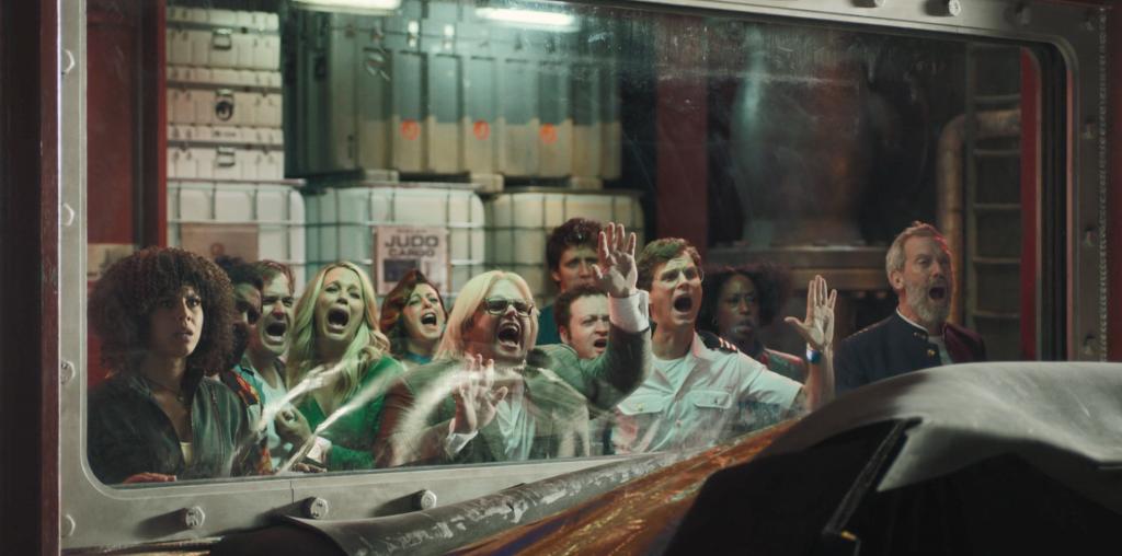 Сериал «Авеню 5»: как «Крутое пике в космосе» предвосхитило 2020 год 4