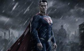 СМИ: Генри Кавилл ведет переговоры о возвращении кроли Супермена