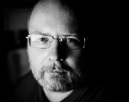 Умер Константин Крылов — он писал фантастику под псевдонимом Михаил Харитонов