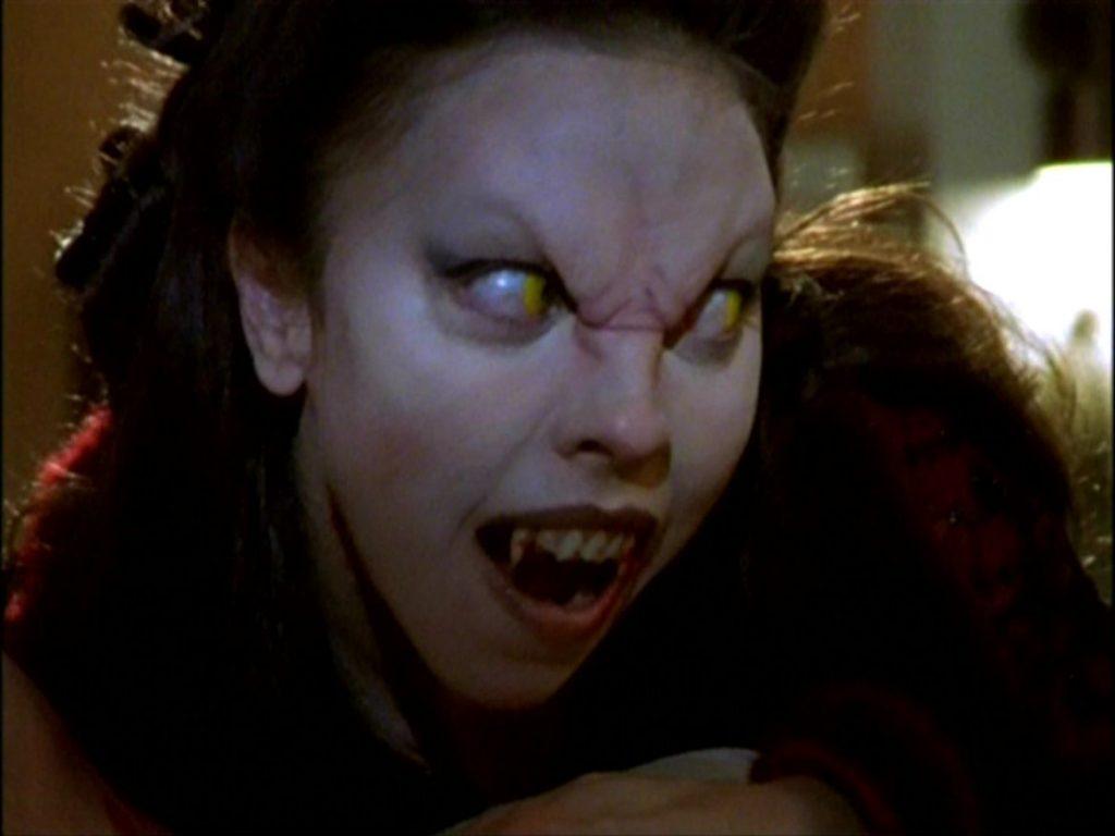 Мир Баффи, истребительницы вампиров 12