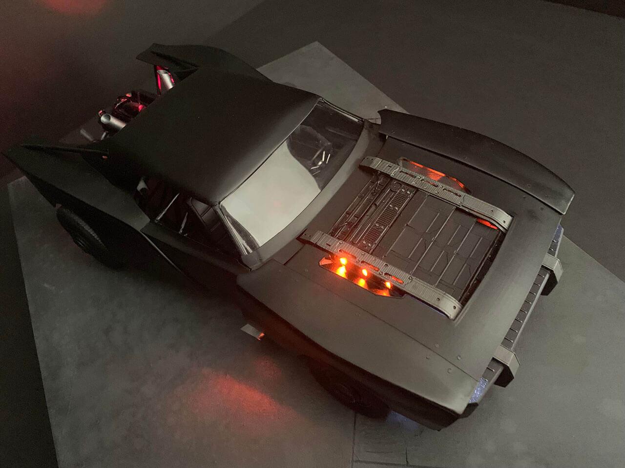 Утечка: вот как будет выглядеть Бэтмобиль в новом«Бэтмене» Мэтта Ривза
