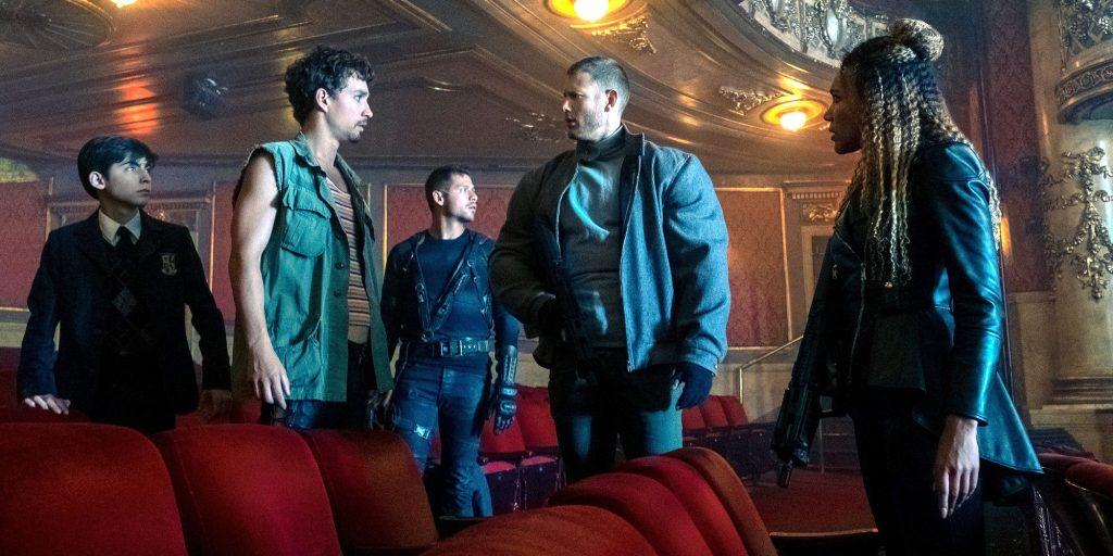 Какие сериалы смотреть в июле 2020? Монашки, трансформеры и супергерои 8