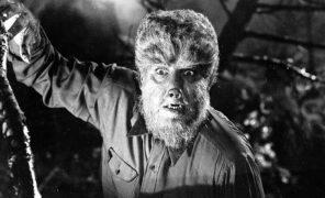 СМИ: Ли Уонелл может поставить новую версию «Человека-волка» —сРайаном Гослингом