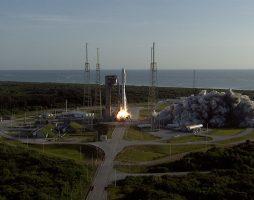 NASA успешно отправило к Марсу ровер Perseverance и дрон Ingenuity