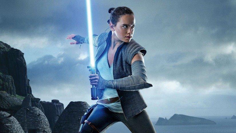 Дэйзи Ридли рассказала, что происхождение Рей в трилогии «Звёздных войн» постоянно менялось