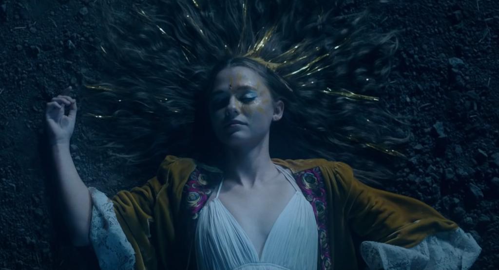 Какие фильмы посмотреть онлайн в октябре 2020? Клайв Баркер, лунный мюзикл и волосы-убийцы 6