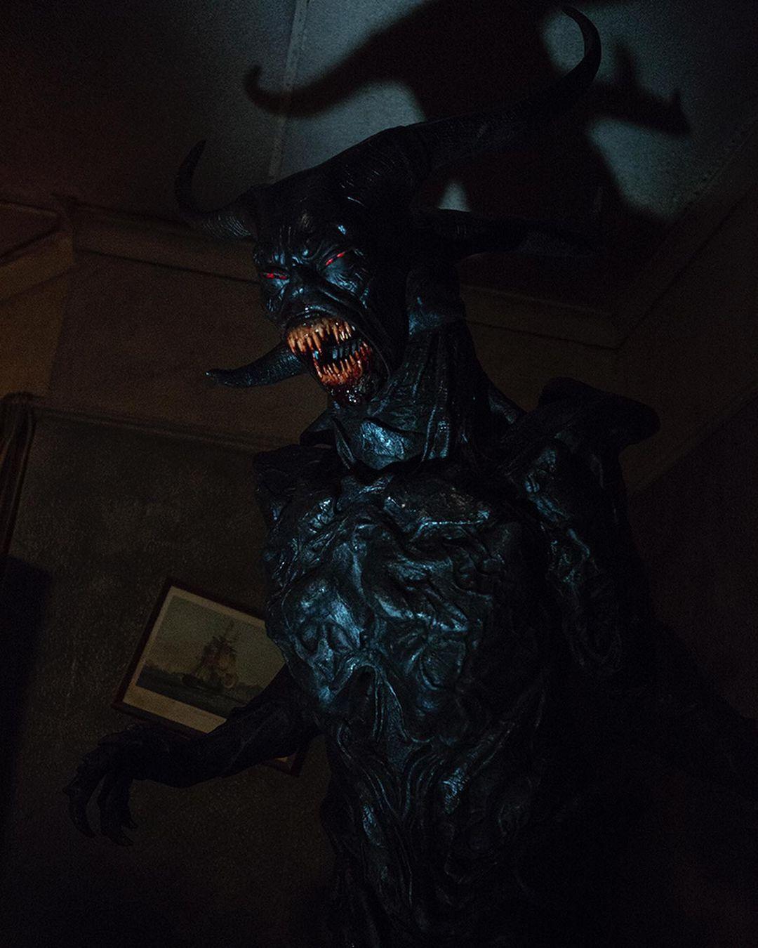 Оказывается, вместо монахини в«Заклятии2» мог появиться демон-Дракула! 4