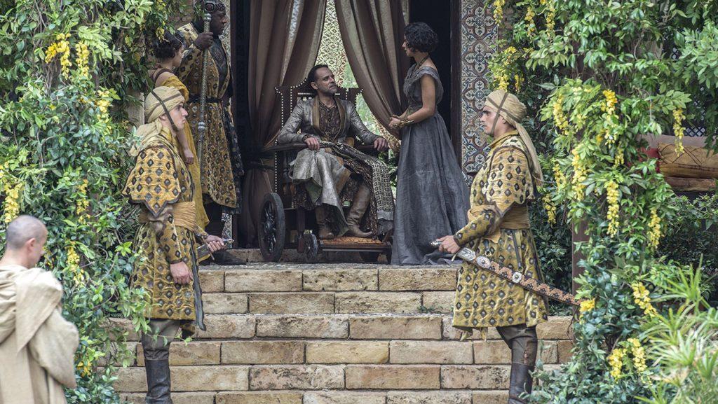 Тайны «Игры престолов»: что раскрыла книга о съёмках «Огонь не может убить дракона» 6
