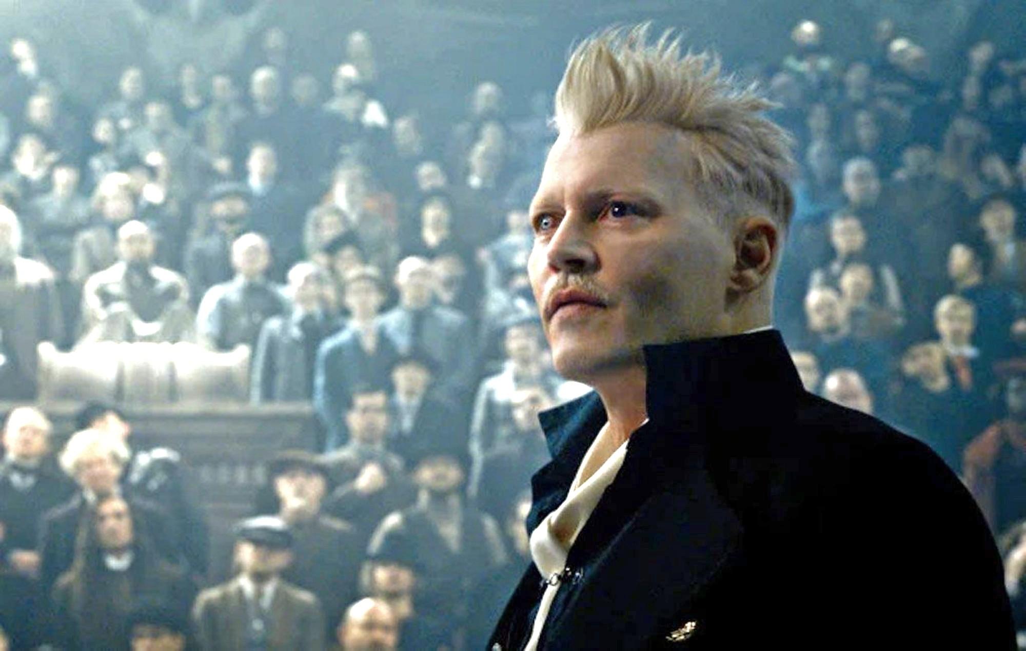 Джонни Депп покинул роль Гриндевальда в«Фантастических тварях»