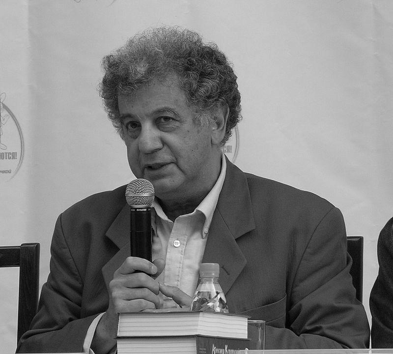 СМИ: ввозрасте 82 лет умер писатель, драматург и один изавторов «Ну, погоди!» Александр Курляндский