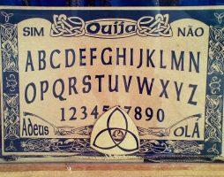 Спиритизм, уиджи, психография. Как вызывали духов в старину 16
