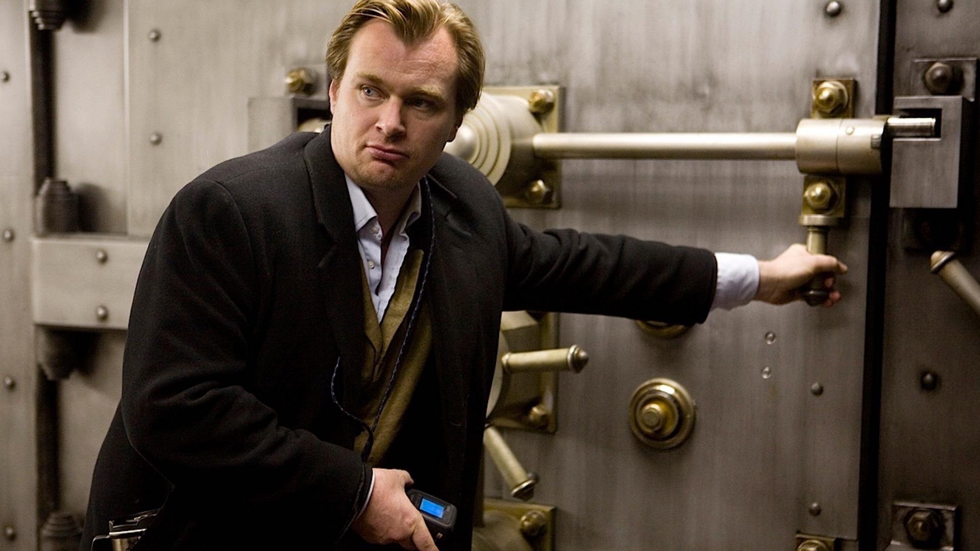 «Худший стриминг-сервис»: Кристофер Нолан выступил против стратегии WB выпускать фильмы и наHBO Max