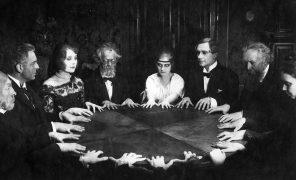 Спиритизм, уиджи, психография. Как вызывали духов в старину