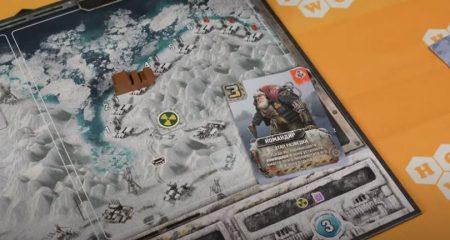 Видео: обзор настольной игры «Погоня заАвророй»