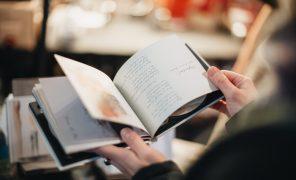 Тест: что почитать иззимних новинок?