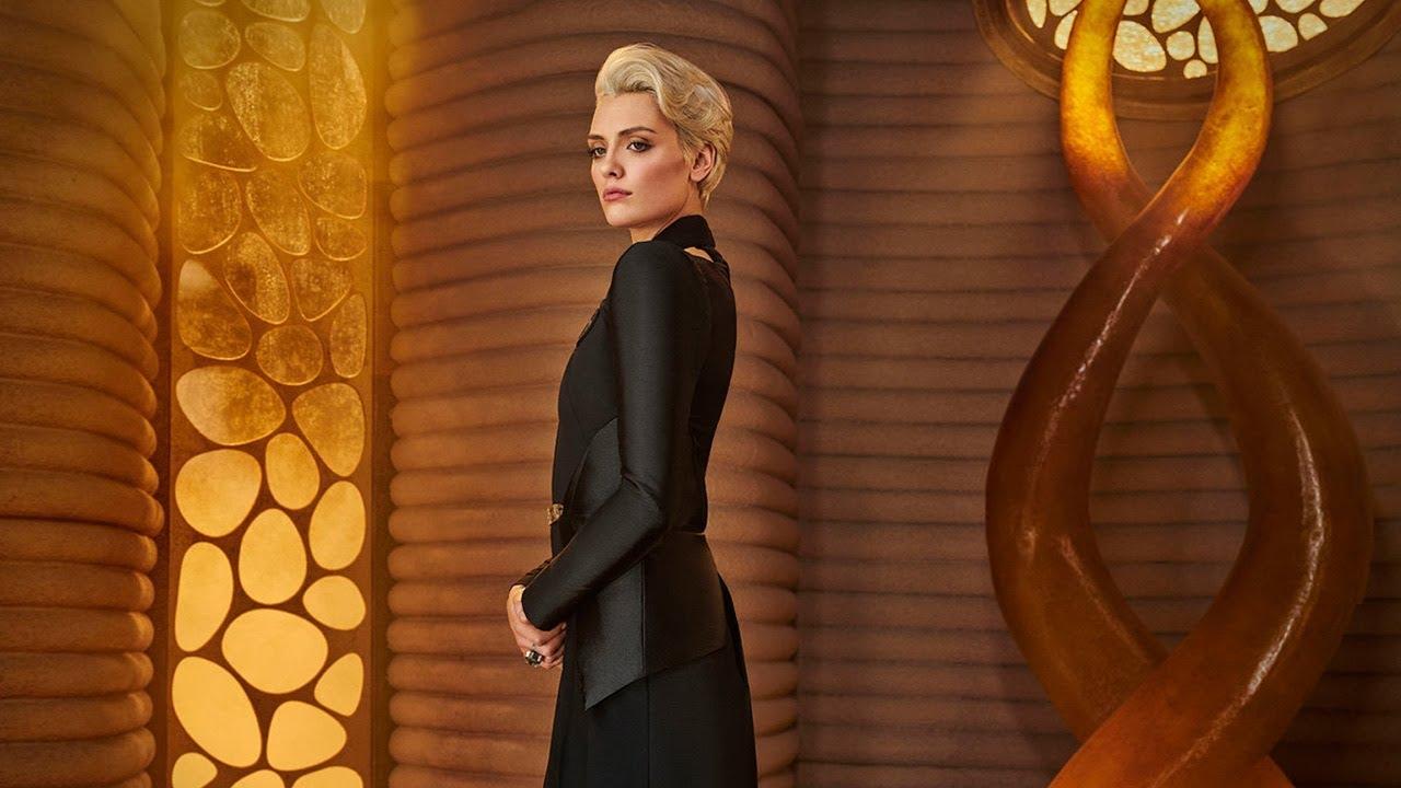 Теперь Кейт Кейн в «Бэтвумен» играет звезда «Криптона»