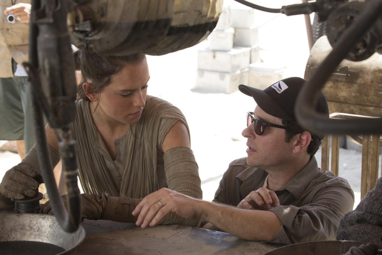 Джей Джей Абрамс осиквелах «Звёздных войн»: «Урок втом, чтобы планировать как можно лучше»