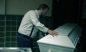 «В Скарнесе неумирают»: норвежская трагикомедия онеидеальности жизни исмерти